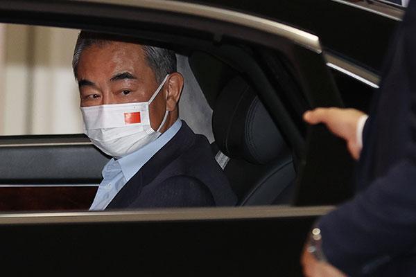 وزير الخارجية الصيني يصل إلى سيول لإجراء محادثات حول التعاون الثنائي