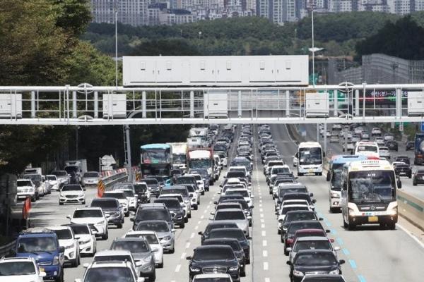 帰省と帰京 高速道路は渋滞
