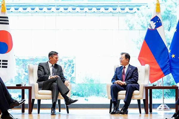 Tổng thống Hàn Quốc hội đàm với lãnh đạo Anh, Slovenia và Liên hợp quốc tại New York