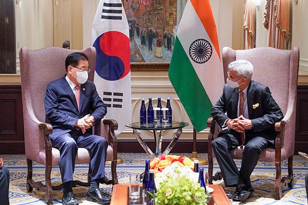 韓国・インド外相会談「韓半島平和プロセスの進展に向け協力へ」