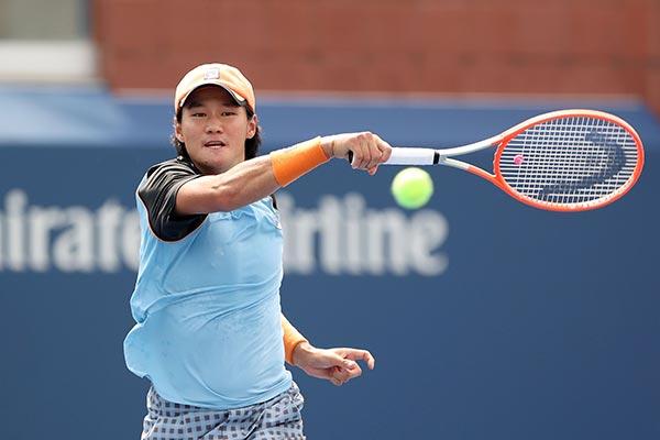لاعب التنس كوان سون أو يفوز بلقب إيه تي بي لأول مرة