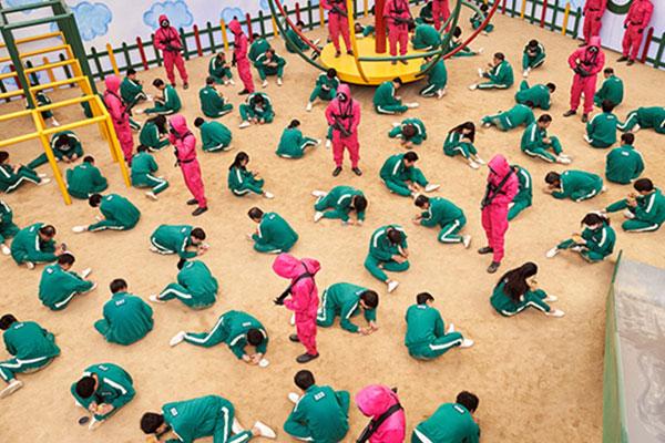 حمى المسلسل الكوري لعبة الحبار تجتاح الشرق الأوسط