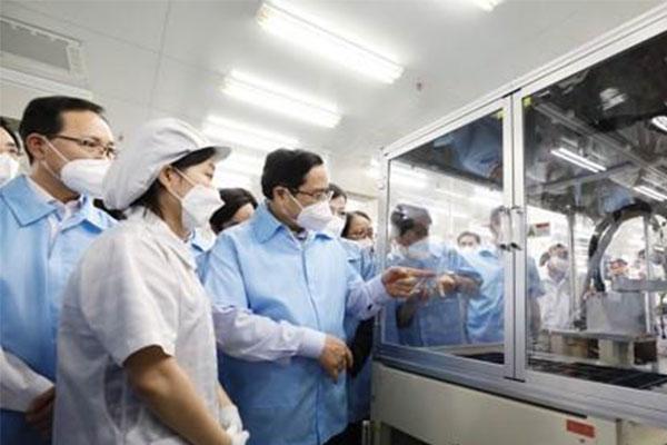 Thủ tướng Việt Nam cảm ơn Hàn Quốc tặng 1,1 triệu liều vắc-xin COVID-19