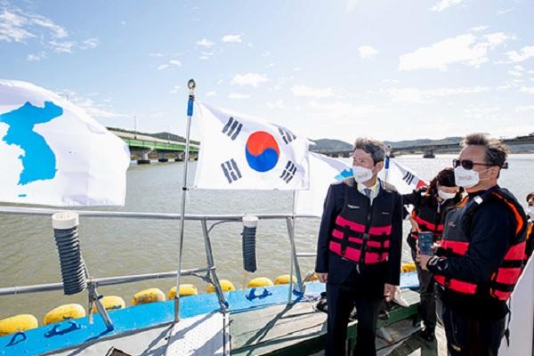 漢江河口の南北共同利用にむけ 民間船のモデル運航を実施