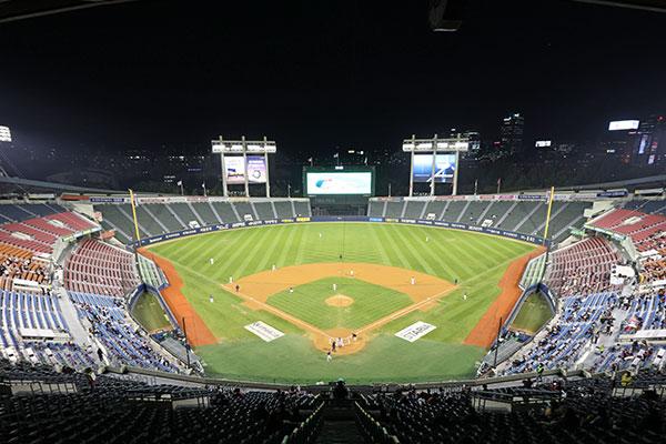 Passe sanitaire : les stades de baseball ont rouvert leurs portes aux spectateurs