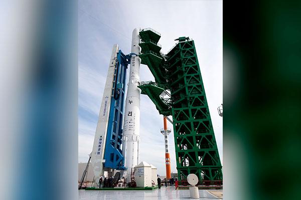 В РК завершается подготовка к запуску первой отечественной космической ракеты