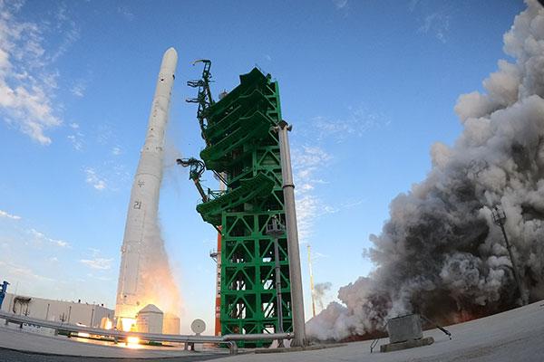 Испытания ракеты-носителя «Нурихо» признаны частично успешными