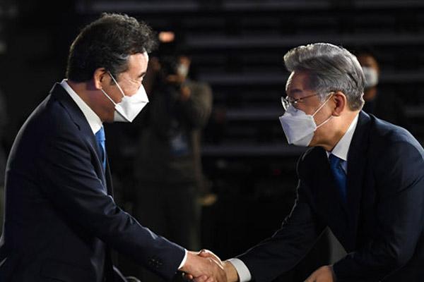 与党の李洛淵氏、大統領選党公認候補の李在明氏に協力表明
