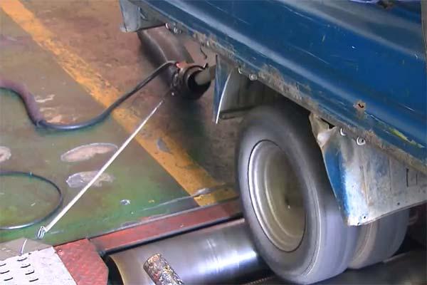 Giám sát thí điểm xe ô tô xả thải mức 5 trong tháng 11 tại một số địa phương