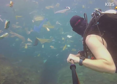 La mer aux environs de Bali souffre des déchets plastiques