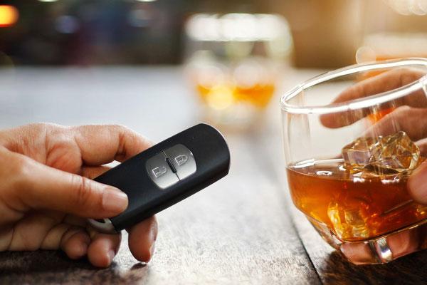 La Thaïlande souffre de l'alcool au volant pendant la fête de Songkran