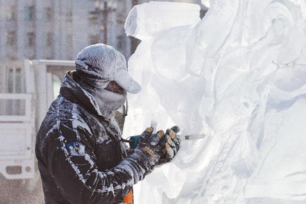 L'Indonésie remporte 2 prix lors du Festival de sculpture sur glace et neige