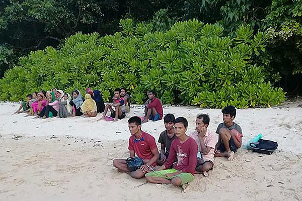 Malaysia verhaftet 26 Rohingya-Bootsflüchtlinge