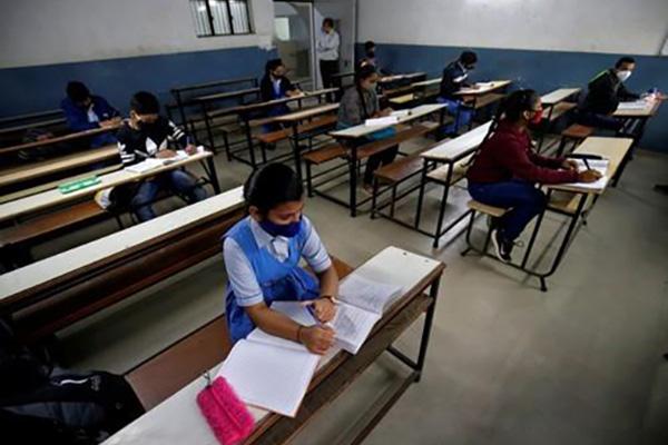 COVID-19 : 400 millions d'enfants d'Asie du Sud mis à l'écart de l'éducation