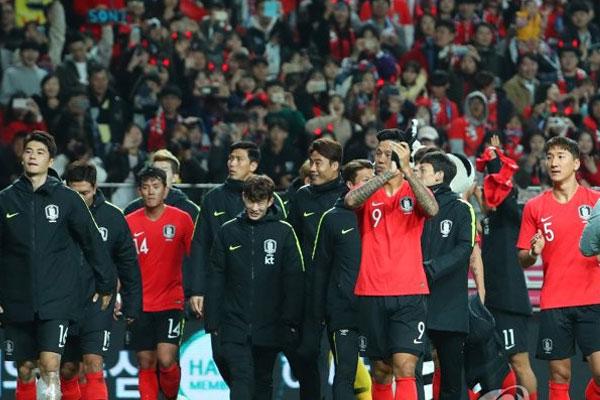 Korea defeats Uruguay in historic first