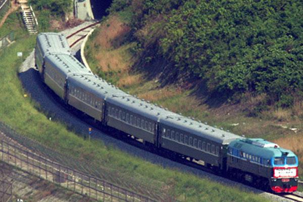 تحديد موعد حفل ربط خطوط السكك الحديدية بين الكوريتين