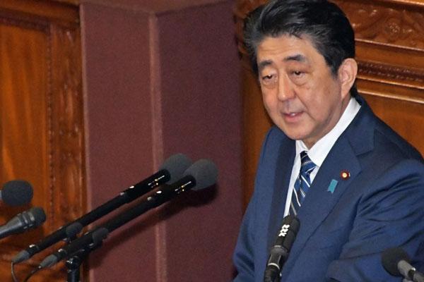 日本政府、報復措置も検討