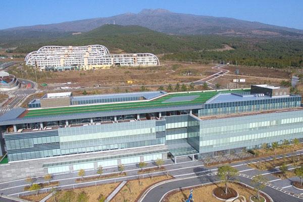 Cancelación de la licencia del hospital lucrativo en Jeju
