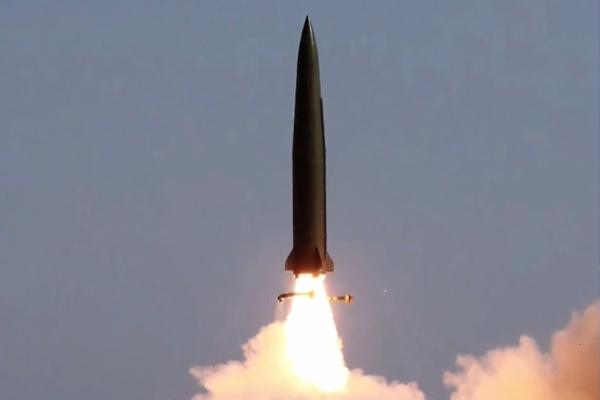 北韓が再びミサイル発射