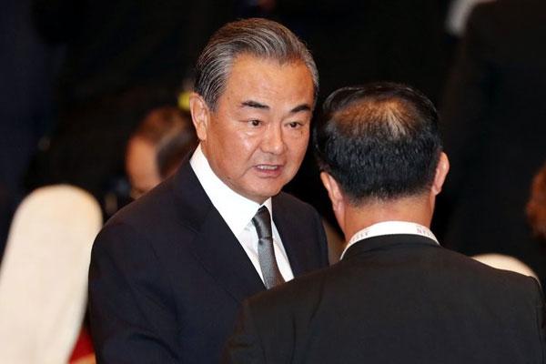 نتائج  زيارة وزير الخارجية الصيني لكوريا الشمالية