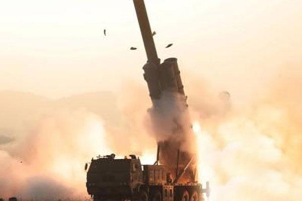 N. Korea Fires Two Short-range Projectiles