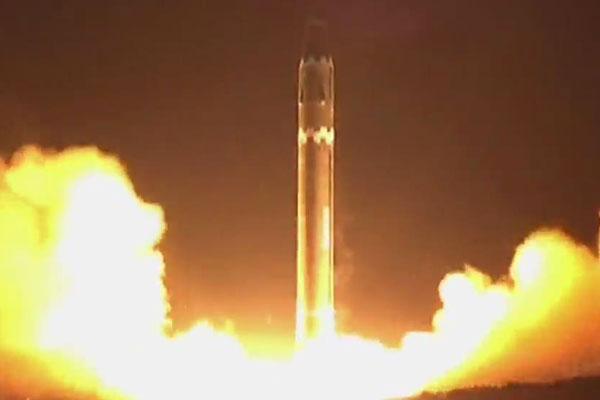 تصاعد التوتر الناجم عن القضية النووية لكوريا الشمالية