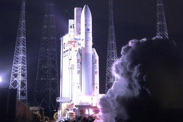 韩国发射全球首颗静止轨道环境观测卫星