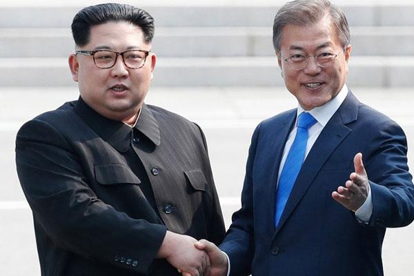 남북 정상 '코로나' 친서 교환