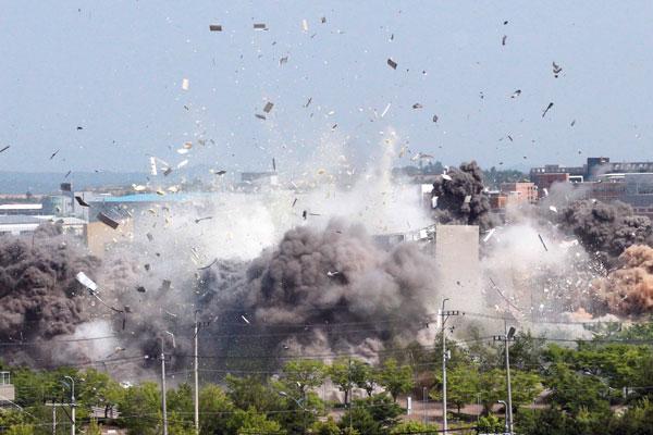 韩政府强烈谴责北韩炸毁南北共同联络事务所