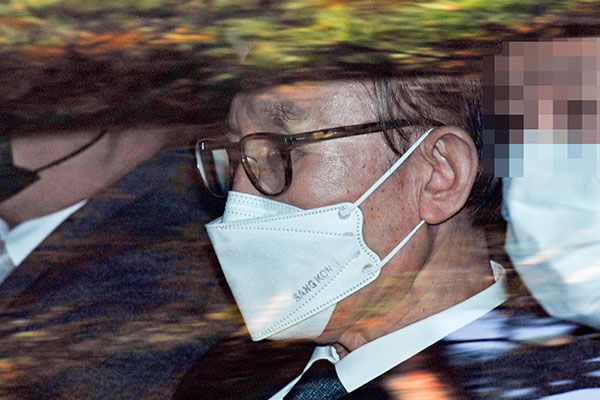 إعادة سجن الرئيس الكوري الأسبق لي ميونغ باك