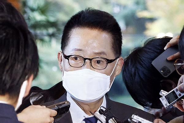 朴智元院長が菅首相をと会談
