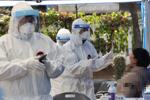 PM: Korea on the Verge of Explosive Infection Surge