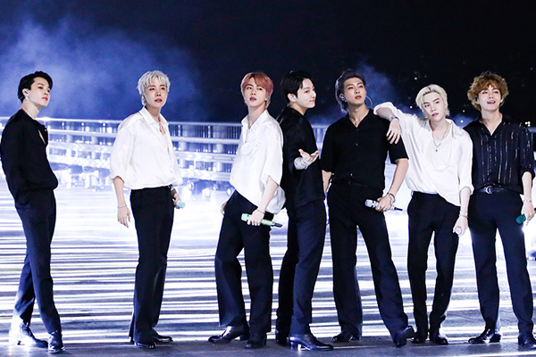 La « fandustrie » tirée par la k-pop