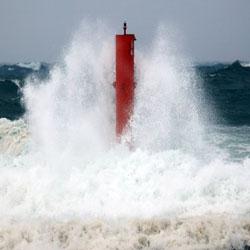 Typhoon Mitag Hits Jeju