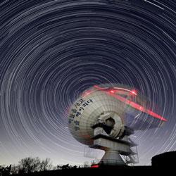 Cuộc hội ngộ nơi hố đen vũ trụ