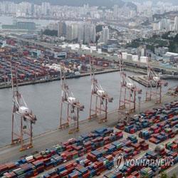 台风临近时的釜山港