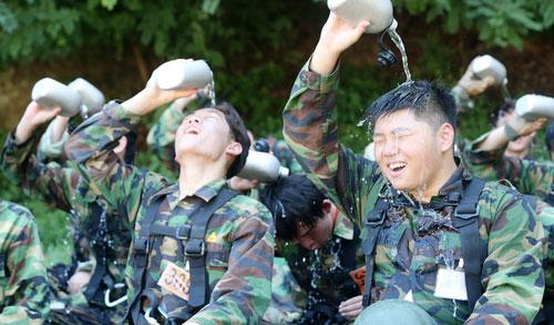 2014海军陆战队夏令营