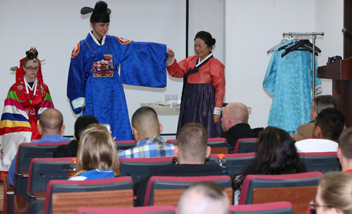 Korean Cultural Experience by USFK Soldiers