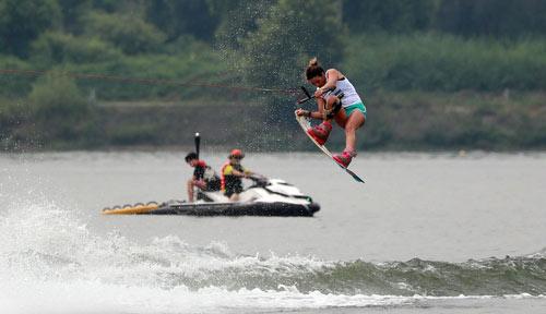 都心で涼しい水上スポーツ!