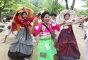 韓国伝統喜劇、「プムバ」