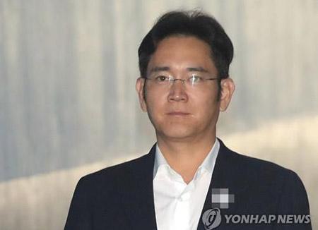 ВЮжной Корее суд приговорил к 5-ти годам тюрьмы заместителя руководителя Самсунг