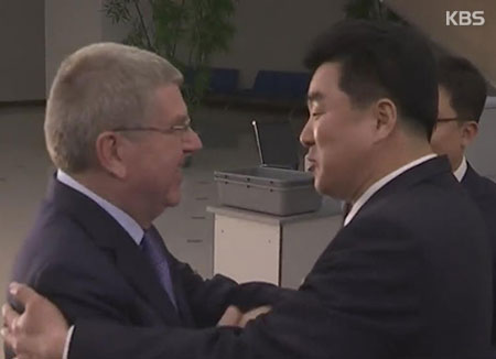Руководитель МОК встретился сКим Чен Ыном вСеверной Корее