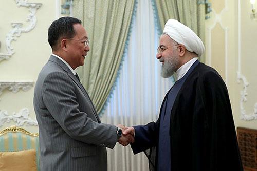 Ngoại trưởng Bắc Triều Tiên thăm I-ran