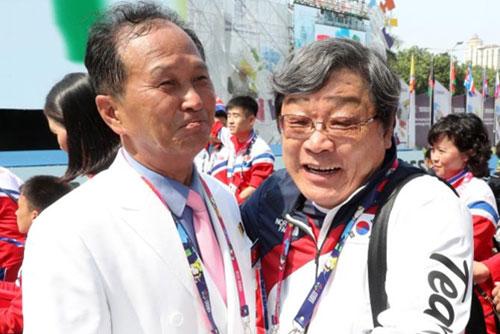 Совместный проход спортсменов Юга и Севера вместе на Азиатских играх среди спортсменов с ограниченными возможностями
