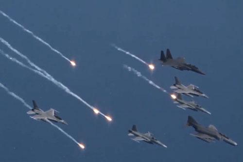 РК и США отложили учения ВВС Vigilant Ace