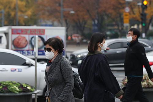 Biện pháp khẩn cấp giảm nồng độ bụi siêu nhỏ ở Seoul và các vùng lân cận
