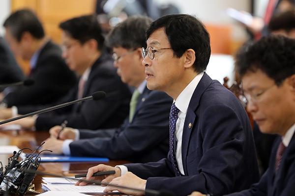 Правительство РК: Влияние дополнительных американских пошлин в отношении Китая будет ограниченным