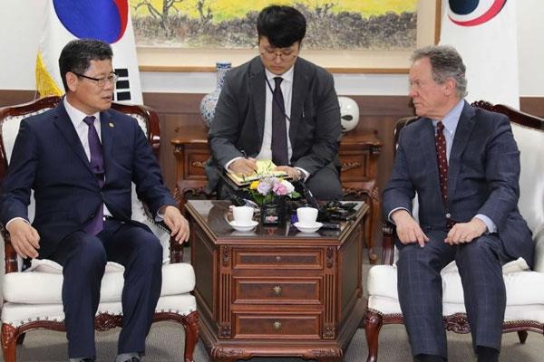 Südkorea will vermutlich über internationale Organisationen Nahrungshilfe für Nordkorea leisten