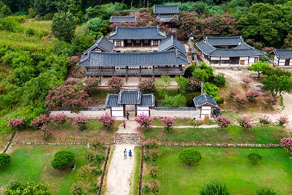 9 неоконфуцианских академий совон - в Списке ЮНЕСКО