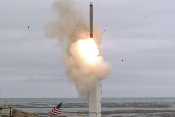نوايا الولايات المتحدة الحقيقية من تجربة صواريخها متوسطة المدى